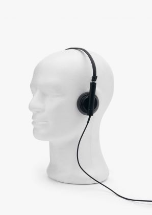 Headphone by ECAL/Maxence Loisson de Guinaumont 2107